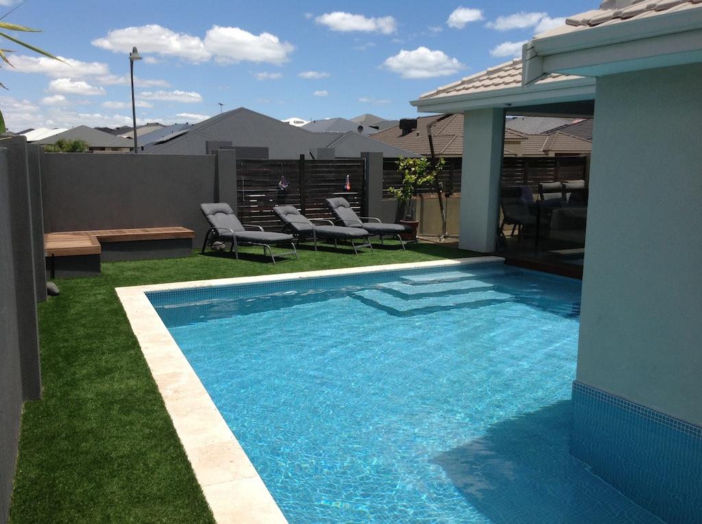 Saphire Blue Pool Tile A059-h-1