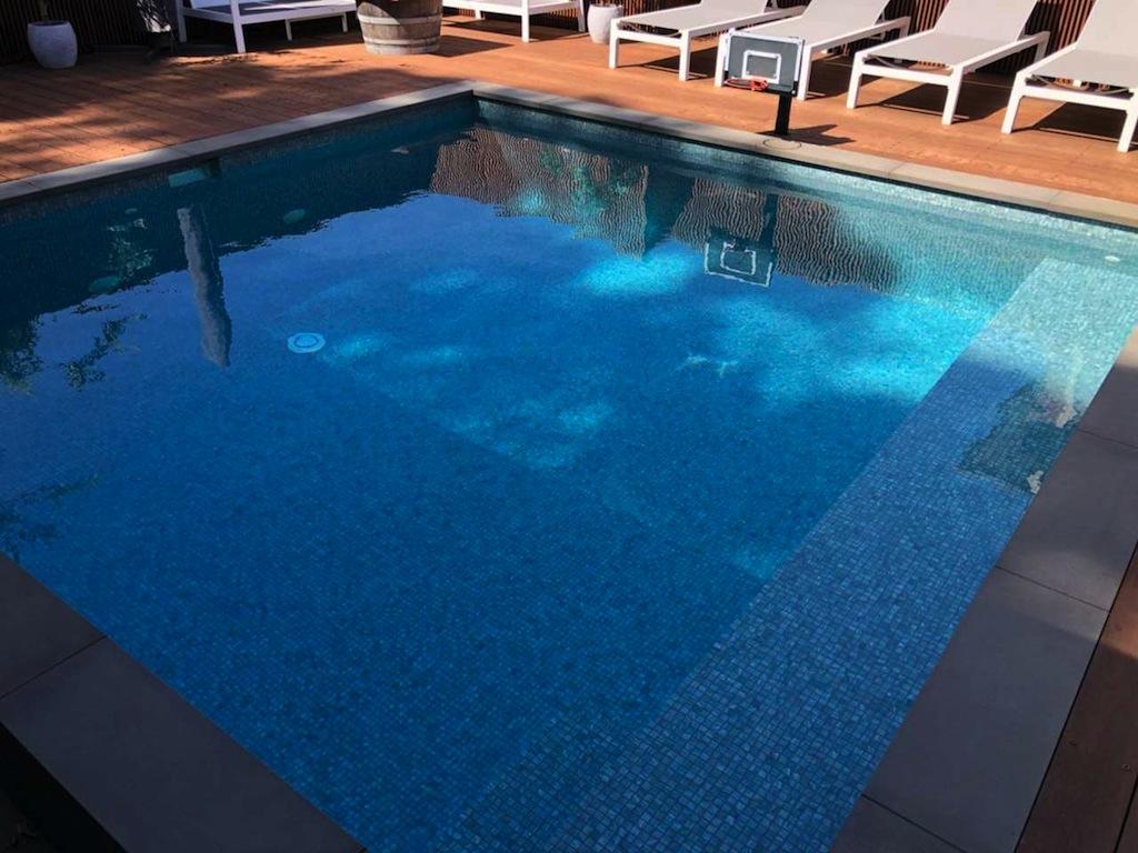 Azure Sparkle V92 Pool tile